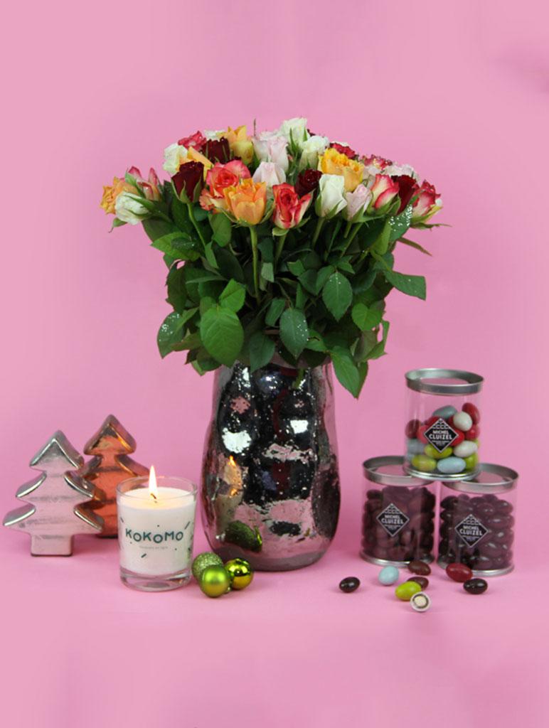 bouquet-de-roses-multicolore-livraison-de-fleurs-noel-bougie-et-chocolat