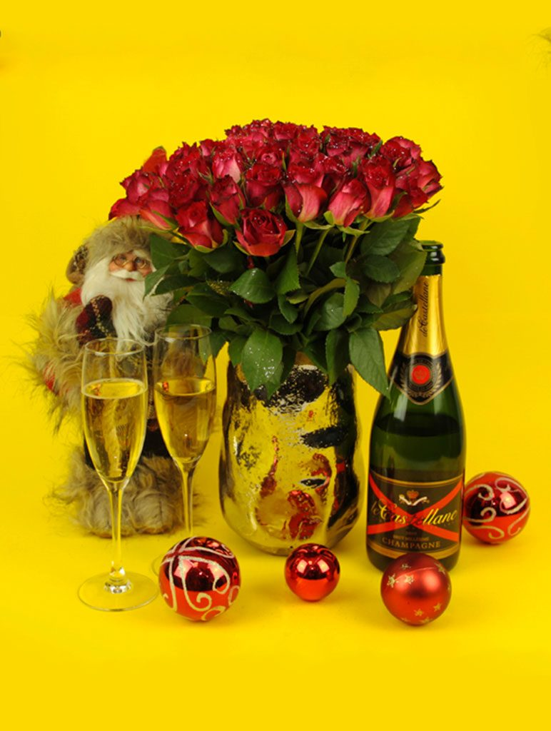 bouquet-de-roses-rouges-noel-et-bouteille-de-champagne-de-castellane