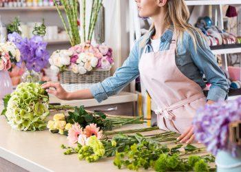 fleuriste préparation bouquet