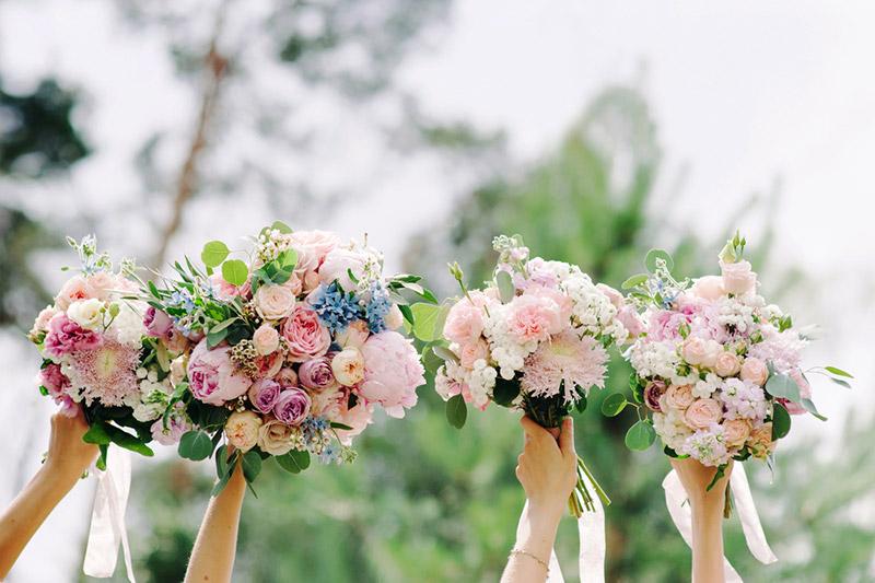 bouquet de fleurs mariés